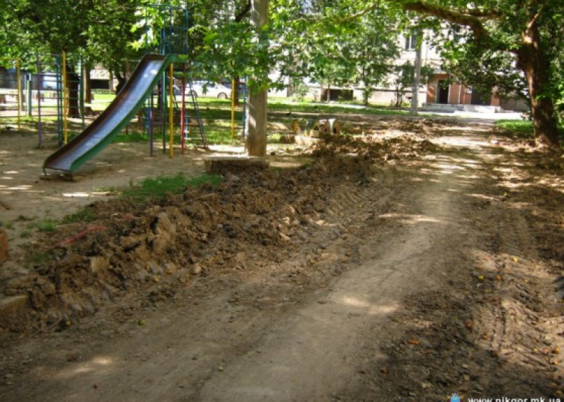 В Смоленске проверят безопасность дорог и пешеходных дорожек возле школ и детских садов