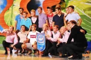 Команда из Смоленска «Триод и Диод» выиграла летний кубок КВН