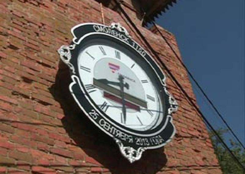 Часы на Громовой башне в Смоленске стали жертвой сбоя электроснабжения