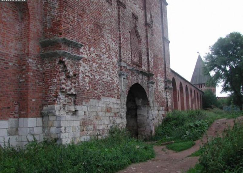 Православной церкви перешли две башни Смоленской крепостной стены
