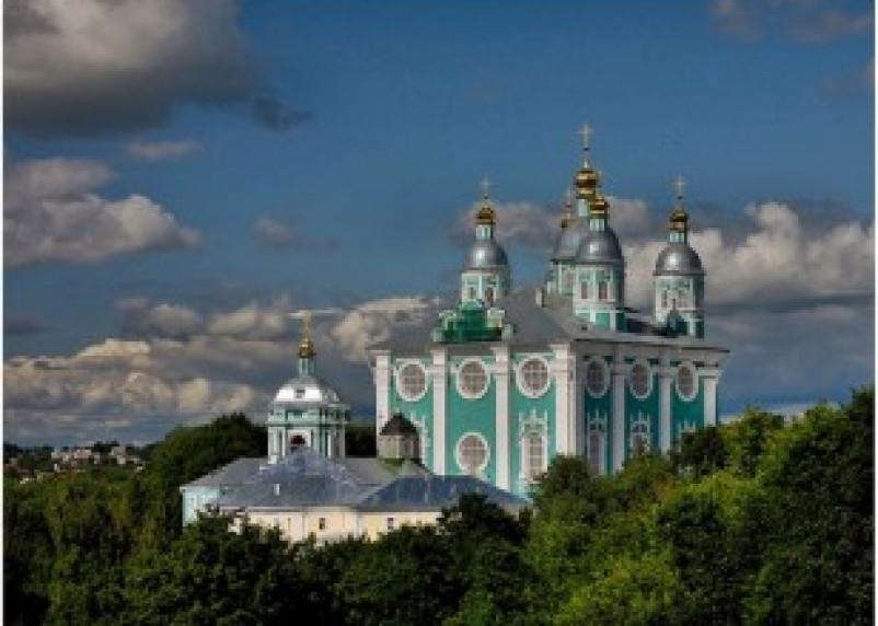 Остатки древних укреплений обнаружили на Соборном холме в Смоленске