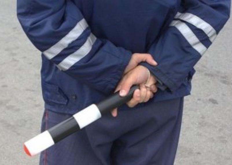В Смоленске осудили за взятку сотрудников ДПС
