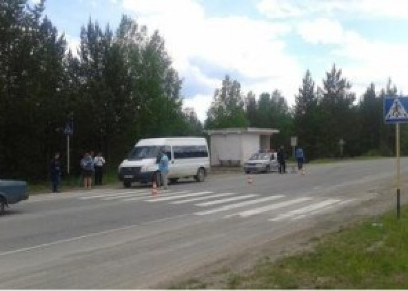 Под колесами «Форда» в Рославльском районе погиб человек
