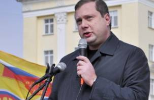 Алексей Островский консультируется по вопросу досрочных выборов губернатора