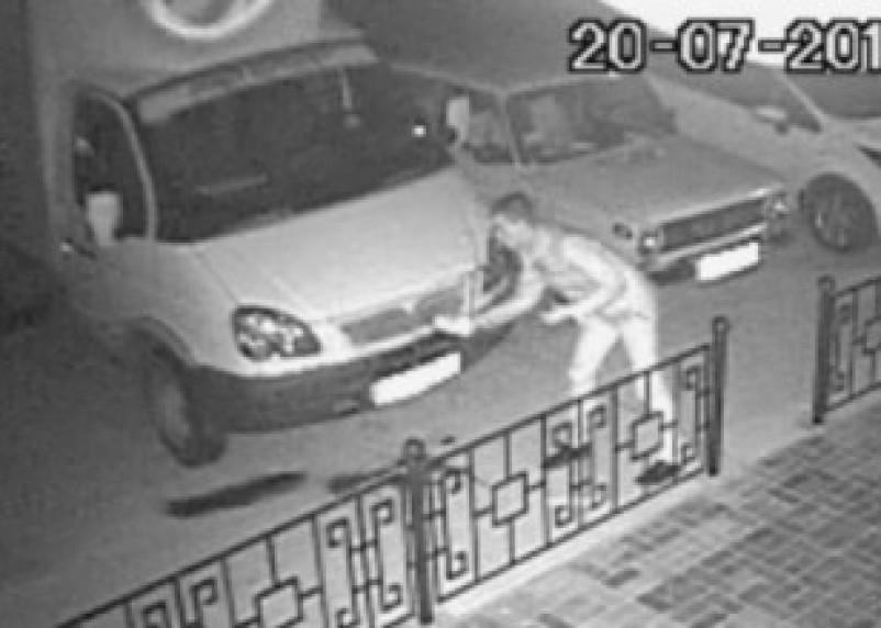 В Гагарине поджигатели отомстили обидчику