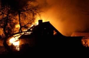 В Смоленском районе и в Ярцево полыхали дома