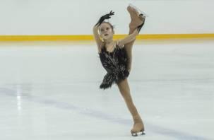 На Смоленщине впервые прошли соревнования по фигурному катанию