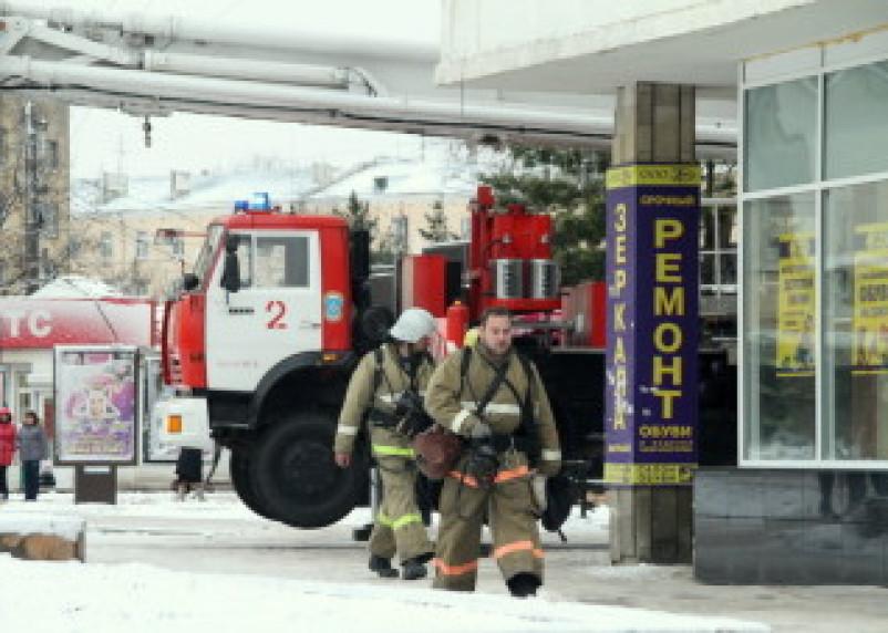 В торговом центре «Гамаюн» в Смоленске отработали пожарные расчеты