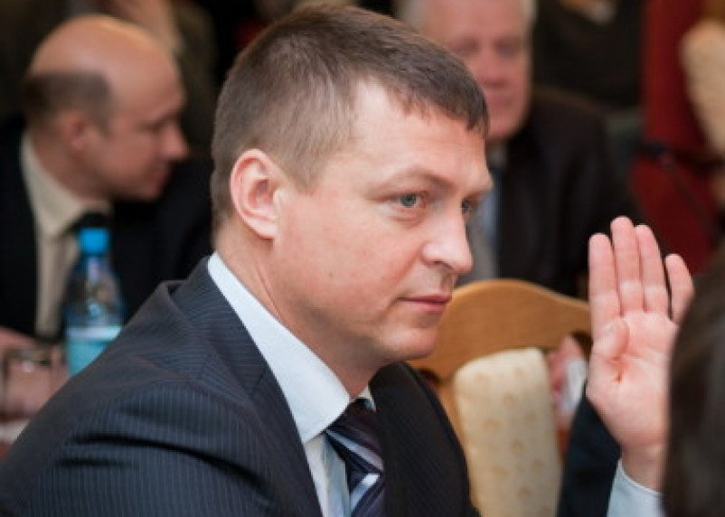 Смоленские полицейские продолжают изучать трудовую биографию Алашеева