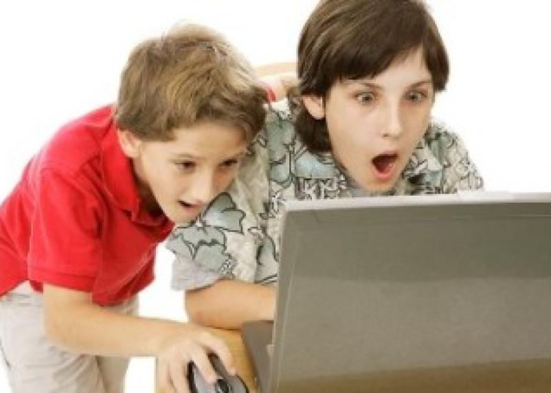 В школы Глинковского района пришла интернет-зависимость