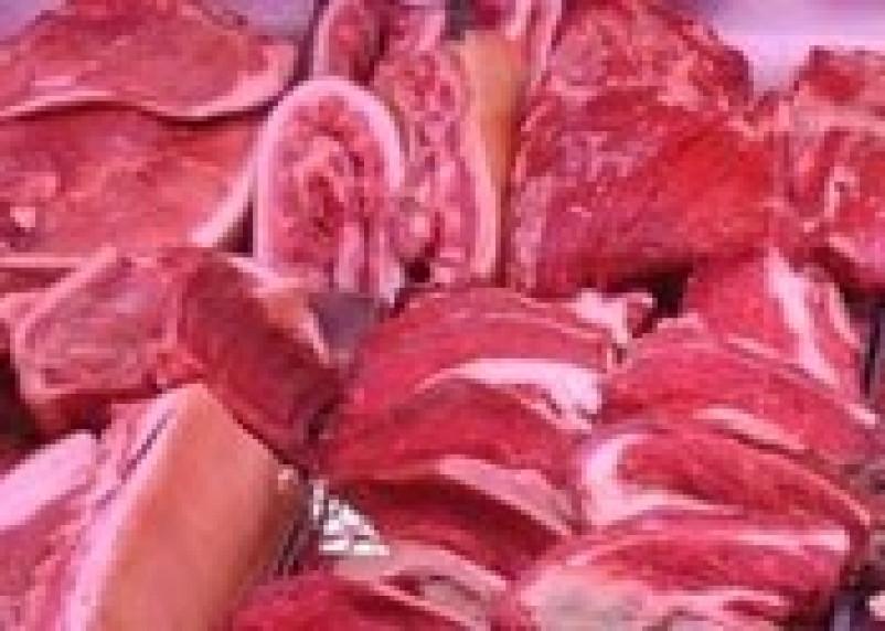 Через Смоленск пытались провезти контрабандное немецкое мясо и подозрительный итальянский сыр