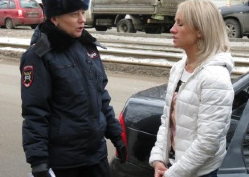 В Смоленске обсудили проблему перевозки детей в автотранспорте
