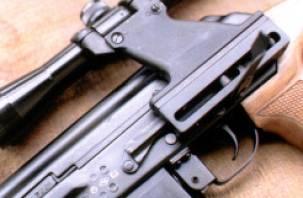 У жителя Гагарина обнаружили огнестрельное оружие и наркотики
