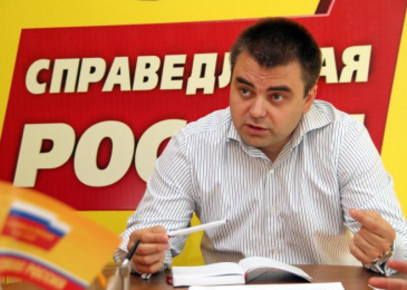 Алексей Казаков поздравил журналистов с Днем Российской печати