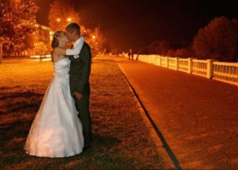 На торжественную регистрацию брака в Смоленске можно записаться за полгода вперед