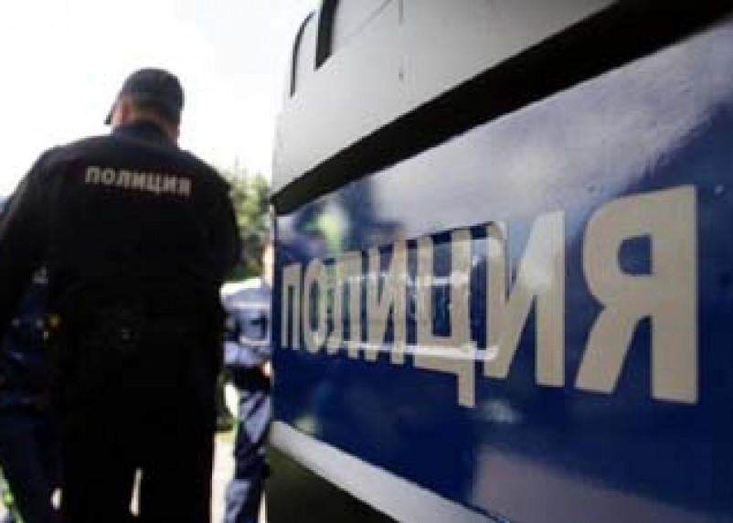 Полицейские задержали мужчину, перевозившего в багажнике труп жены