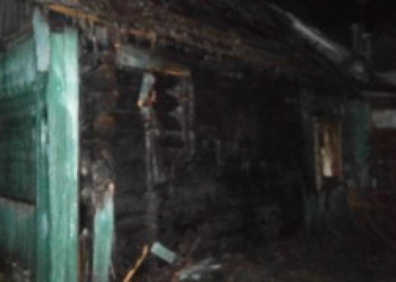 В результате пожара в Рославле погиб человек