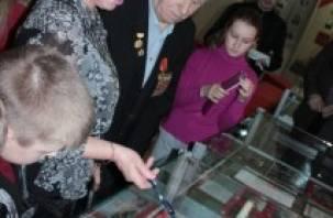 Выставку о Евгении Камышеве открыл… сам герой