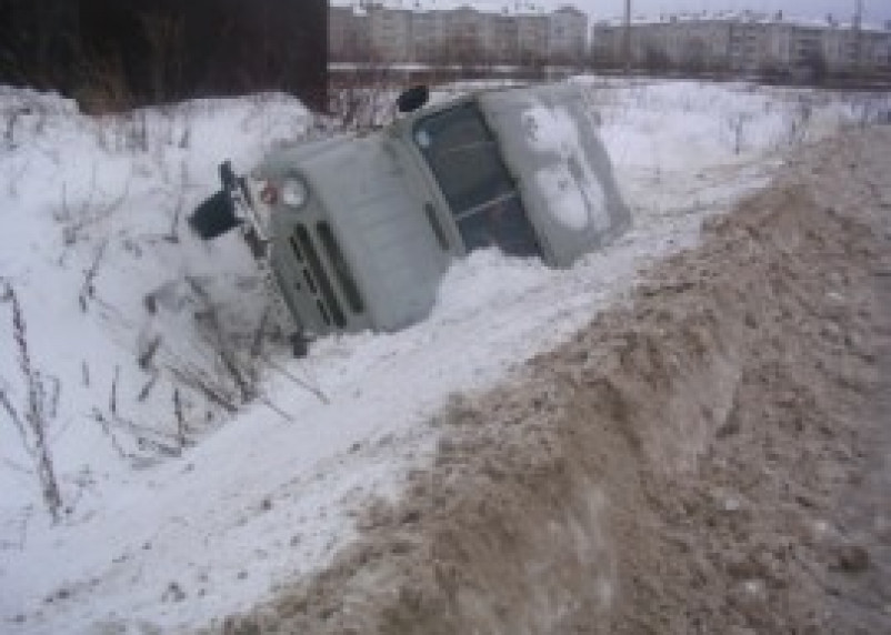 Смоленская полиция раскрыла угон служебного автомобиля