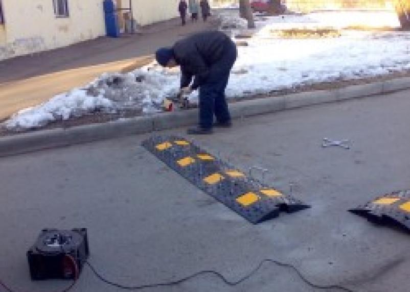 Перед школой №2 города Ельни «лежачий полицейский» был установлен только по представлению прокурора