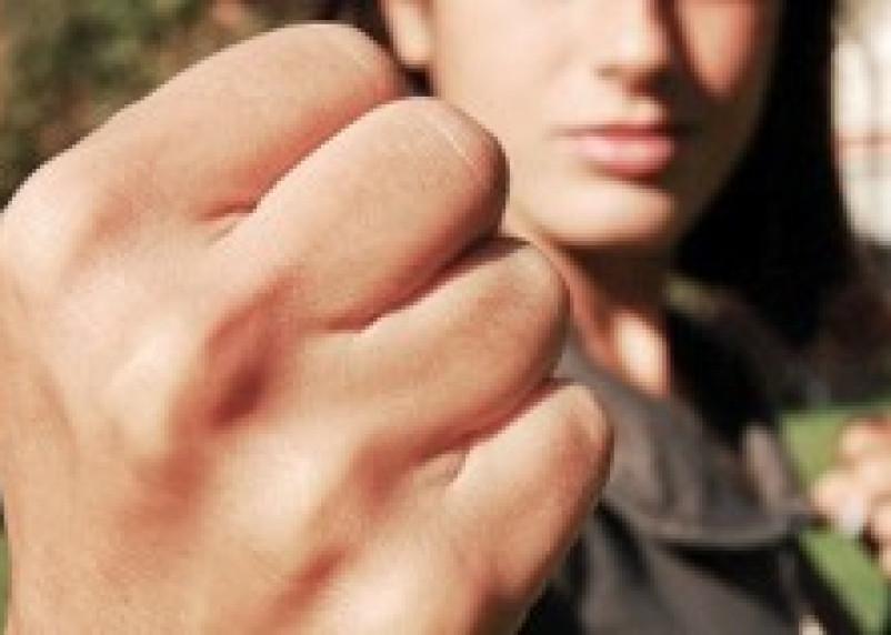Жительница Ярцева избила своего приятеля до смерти