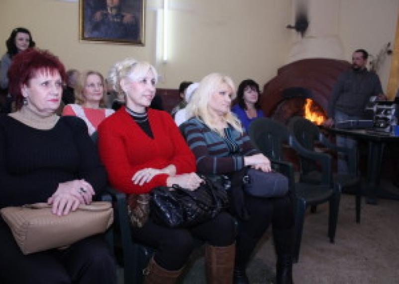 В центральном парке Смоленска открылась Литературная гостиная