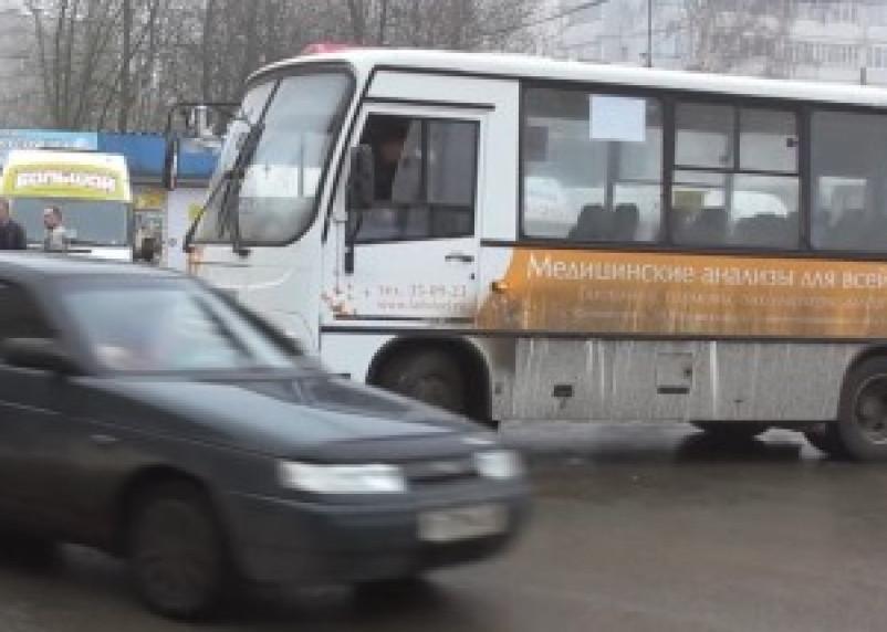 Бороться с частными перевозчиками в Смоленске будут штрафами за грязные автобусы