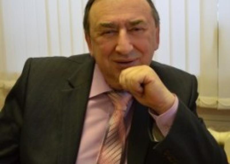 На заместителя главы администрации Ярцевского района завели уголовное дело