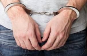 28-летний рославльчанин предстанет перед судом за ножевое ранение и угон