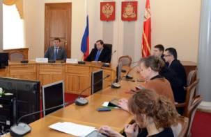 Депутат Лазаренков высказался об умственных способностях смоленского губернатора