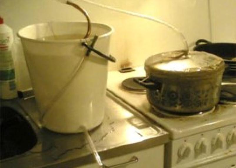 В Ярцевском районе пенсионерка незаконно изготовляла бражку и самогонку