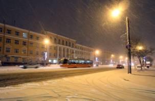 Смоленск оказался в плену снежной стихии