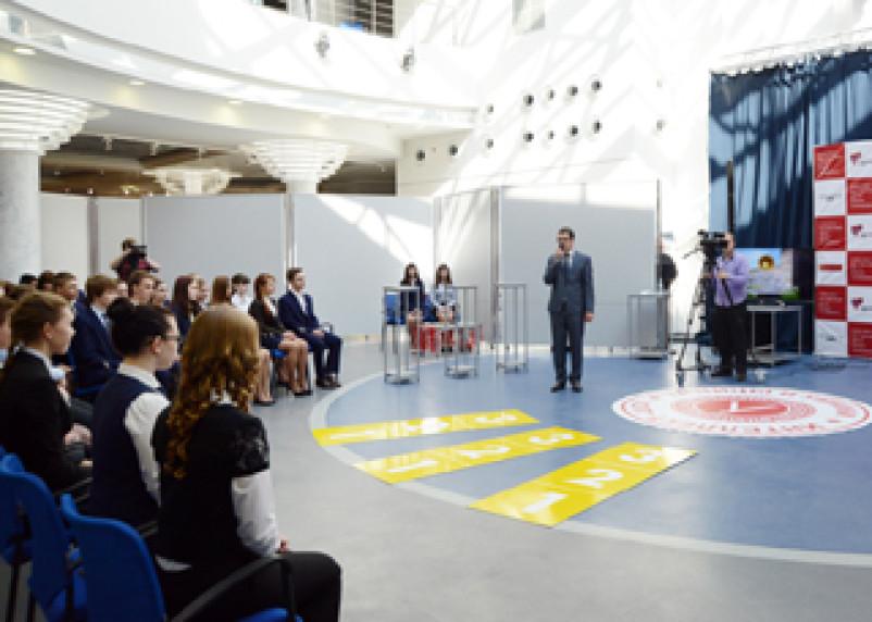 В Смоленске соревновались умники и умницы