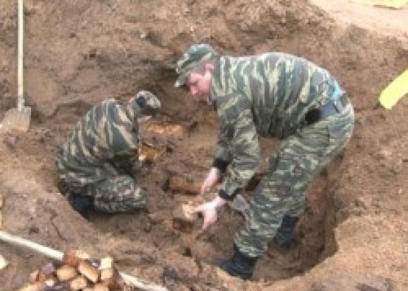 Смоленские омоновцы обезвредили взрывчатку
