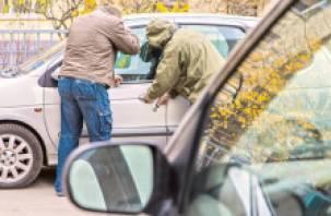 Двое смолян избили друга, чтобы съездить на его машине за выпивкой