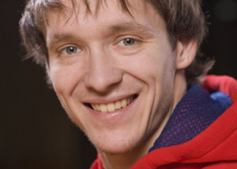 Олимпийский чемпион Руслан Захаров получит квартиру в Смоленске