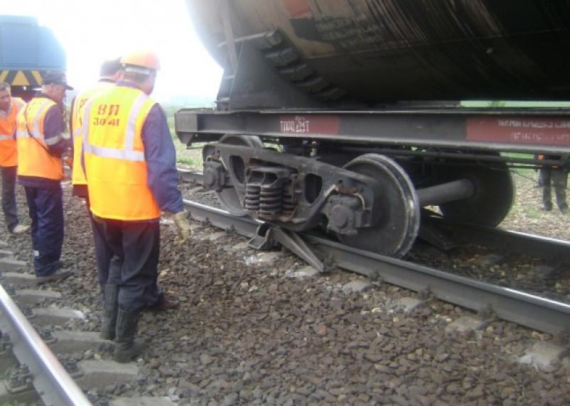 В Смоленской области сошел с рельсов вагон товарного поезда