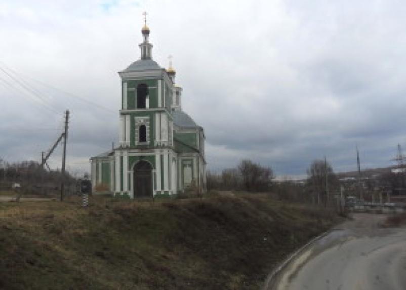 В Смоленске в ДТП пострадала инспектор по делам несовершеннолетних