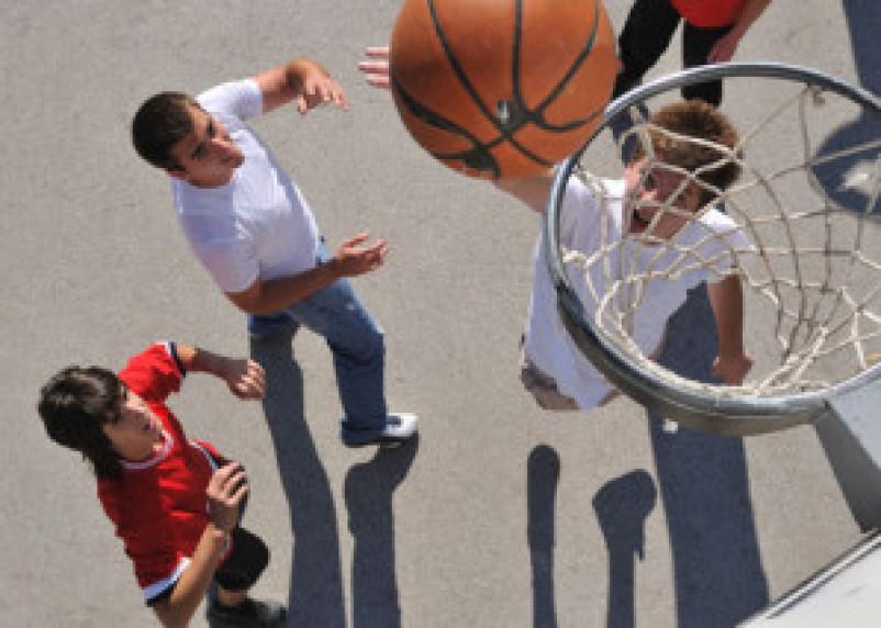 23 мая в Смоленске пройдет турнир по уличному баскетболу