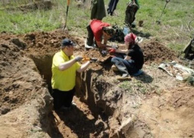 Владимирские поисковики обнаружили на Смоленщине останки 14 красноармейцев
