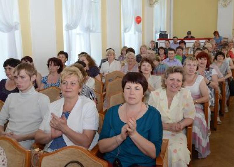 В Смоленске выбрали лучшего социального работника