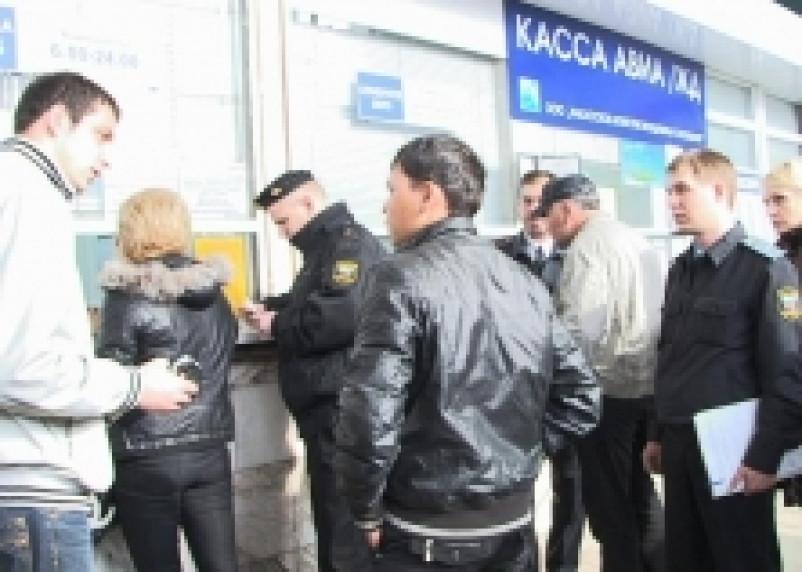 Из Смоленской области проводили 13 иностранцев