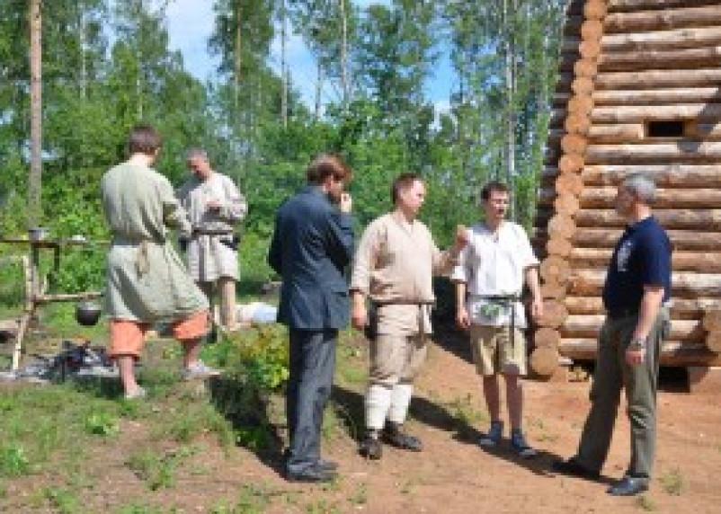 В «Смоленском Поозерье» открылся полевой лагерь