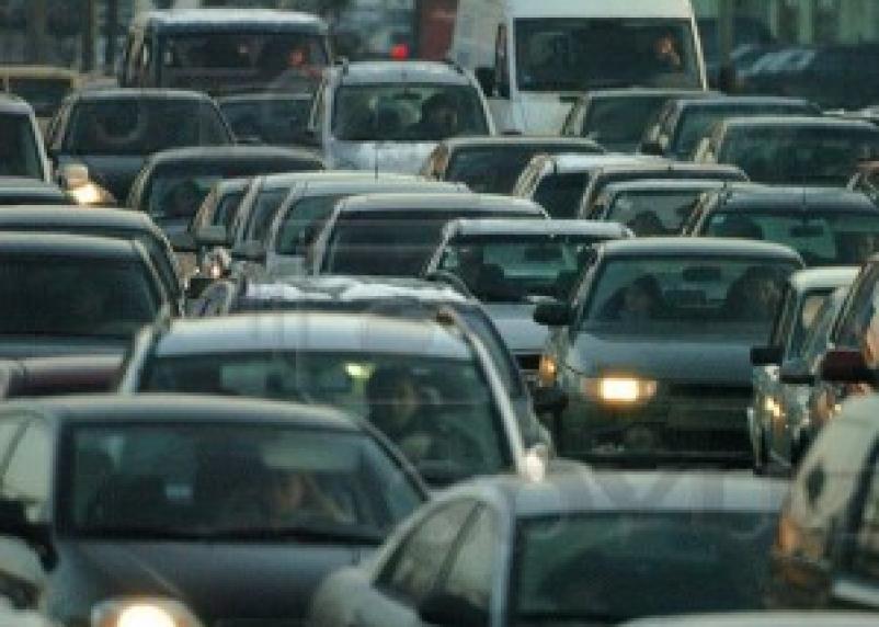 100 тысяч рублей долгов заплатили в мае автомобилисты Смоленщины