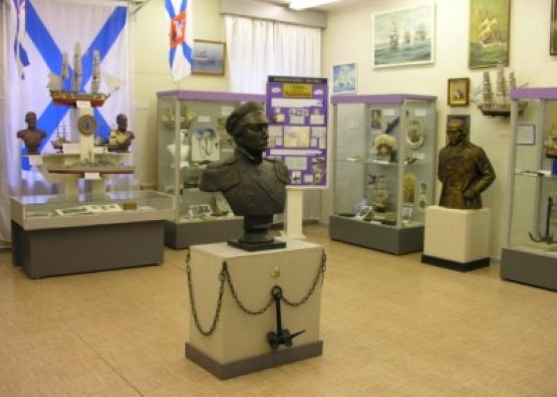 В Смоленске стартовала викторина в честь 212-летия Нахимова