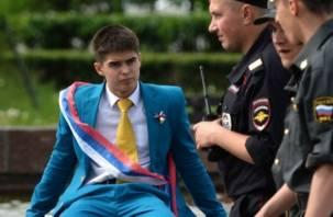 Смоленские полицейские – на страже школьных выпускных