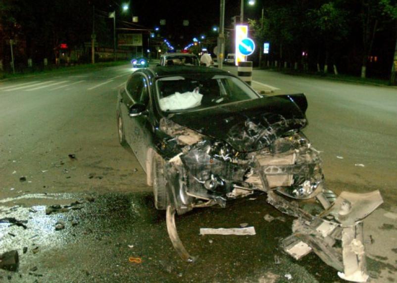 В Смоленске в результате ДТП на улице Кирова пострадал водитель