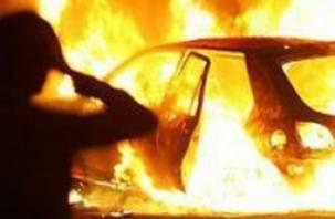 В Ярцеве сгорел автомобиль