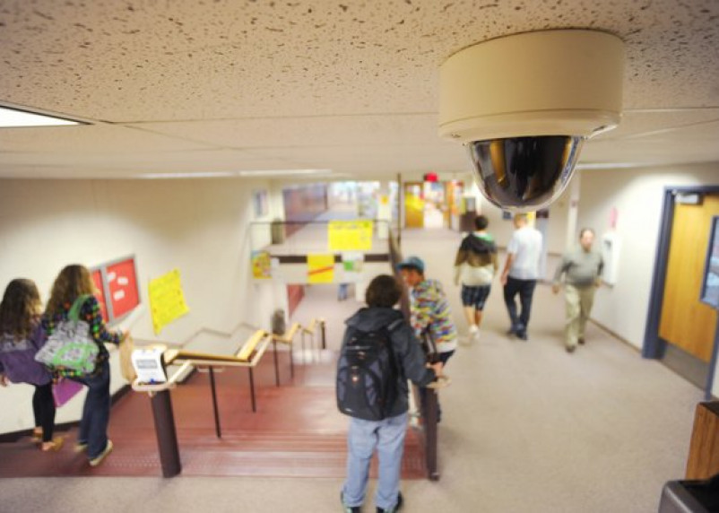 Школы и детские сады – под видеоконтроль