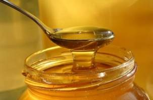 79-летнюю смолянку обокрала продавщица меда